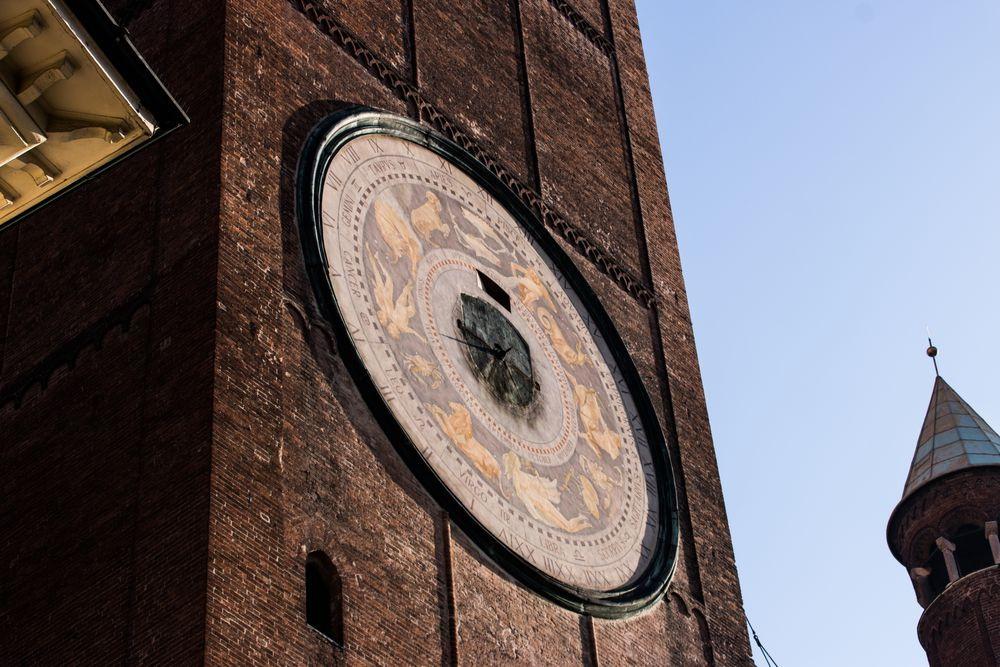 Torrazzo of Cremona astrological clock — Cremona, Italy