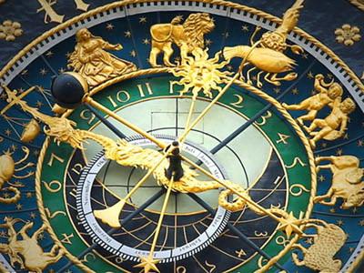 astronomical-clock (1)